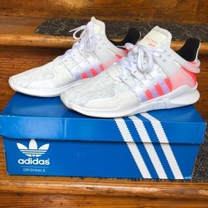 Adidas LIKE NEW sneakers